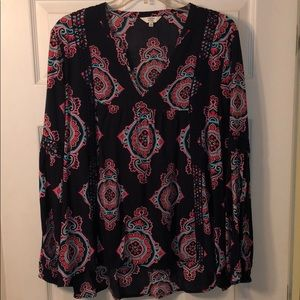 Crown and Ivy Long Sleeve Top size XL